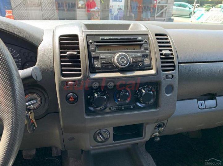 Nissan Navara 4X4 C/S DIESEL 2012 Usado