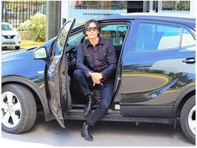 El nuevo auto de Sergio Lagos, amigable con el medioambiente