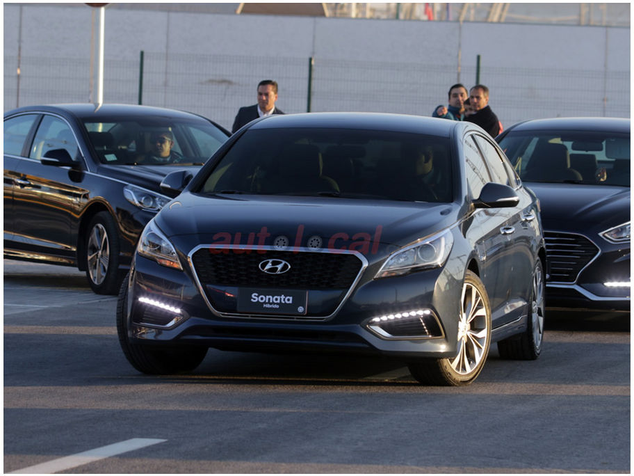 Automotores Gildemeister entrega 50 Hyundai Sonata híbridos a Trasnvip