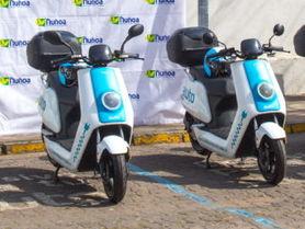 Municipalidad de Ñuñoa cierra alianza con Awto y recibe flota de motos eléctricas para sus vecinos
