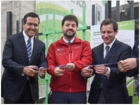 Se inaugura electrolinera pública y gratuita en la Región Metropolitana